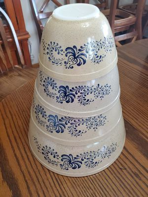 Vintage Pyrex Homestead Bowls (4) for Sale in DeWitt, IA