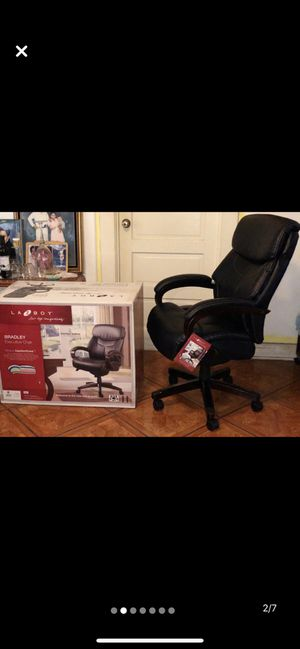 Lazy-boy executive chair for Sale in Irvine, CA