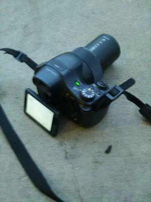 Camera Sony cybershot dsc-hx300 50*zoom for Sale in Denver, CO