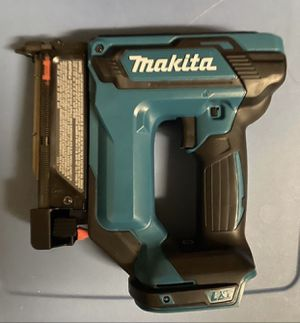New Makita XTP02 nail gun ( tool only) for Sale in Kissimmee, FL