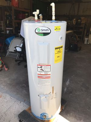Water heater 50 gl for Sale in Davenport, FL