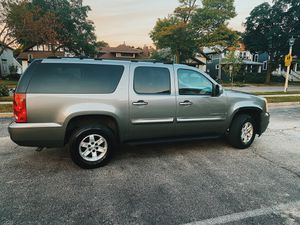 GMC Yukon XL for Sale in Chicago, IL