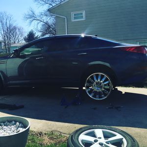 5x114.3 universal 20x9j chrome rims with brand new tires for Sale in Herndon, VA