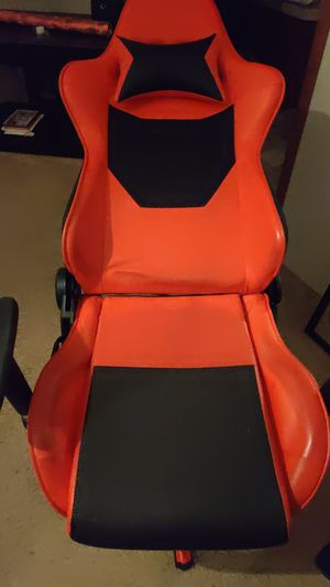 Gaming or computer chair for Sale in Greensboro, NC
