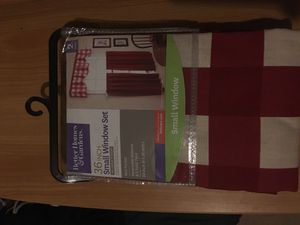 36 inch Red and White Small Window Set for Sale in Lansing, MI