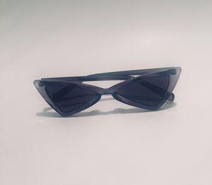 Retro fashion Sunglasses / Cat eye classic women/men for Sale in Atlanta, GA