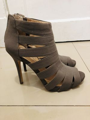 Jessica Simpson heels / Miami 33133 / pick up only for Sale in Miami, FL