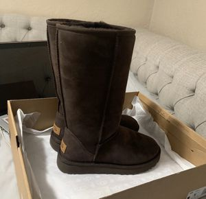 Uggs boots for Sale in Alhambra, CA
