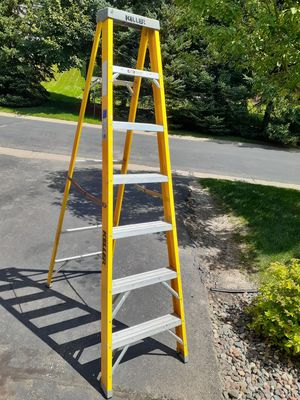 Keller 7 Foot Fiberglass Ladder for Sale in Stillwater, MN