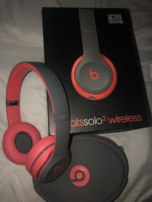 Beats Solo 2 Wireless for Sale in Fort Worth, TX
