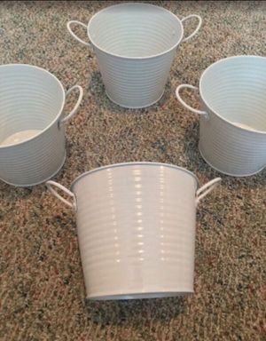 Metal container / 4pc. Set / 4 metal containers for Sale in San Bernardino, CA