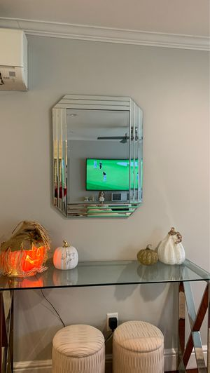Mirror for Sale in Saugus, MA