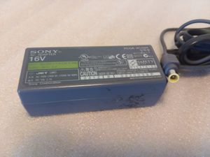 SONY AC Adapter 16V Power Charguer Cord para Laptop Sony Vaio for Sale in Hyattsville, MD