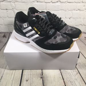 adidas Originals × BAPE × UNDEFEATED ZX 8000 for Sale in Mount Laurel Township, NJ