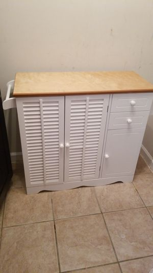 Kitchen island, cabinet for Sale in Fairfax, VA