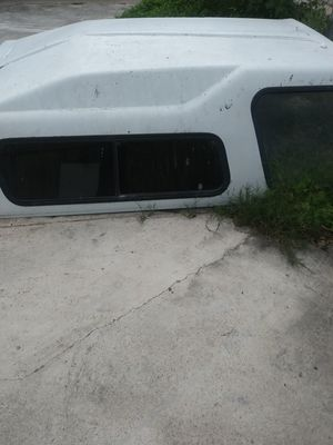 1996 Leer Camper without back window for Sale in Brownsville, TX