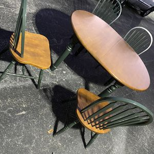 Farmers Table w/ 4 Chairs for Sale in FL, US