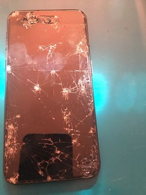 iPhone 6plus cracked screen for Sale in Arvada, CO