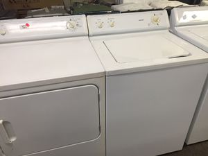 Hotpoint Washer And dryer set for Sale in Charlotte, NC