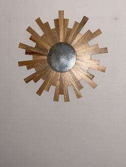 Sunburst Wall Decor for Sale in Garden Grove,  CA