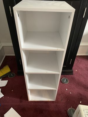 Book shelf for Sale in Broomall, PA
