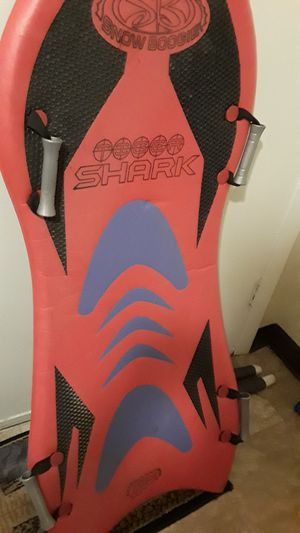 $ 15 SNOW SURFBOARD for Sale in Bridgewater, MA