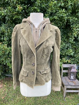 Junior women's jacket size medium for Sale in Santa Fe Springs, CA