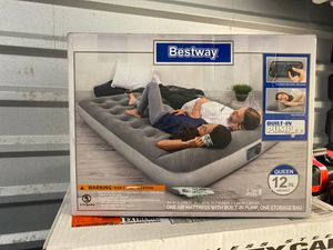 Best way Air Mattress with built in pump. (12inch height) for Sale in Rockville, MD