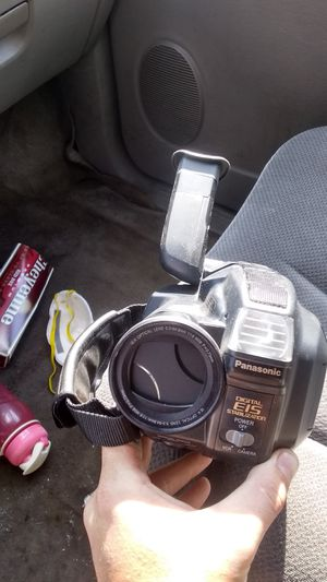 Panasonic handheld video camera/recorder for Sale in St. Louis, MO