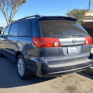 2008 Toyota Sienna for Sale in Anaheim, CA