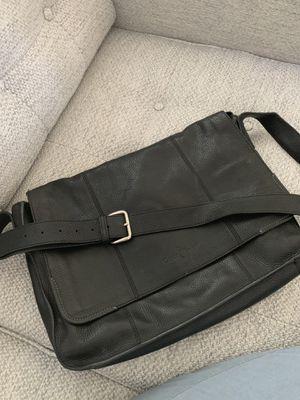 Shoulder messenger bag leather cole hann for Sale in St. Petersburg, FL