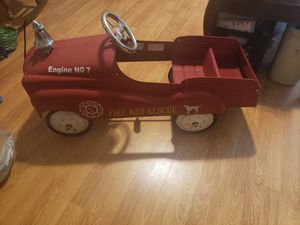 Metal peddle fire truck. I have all the pieces. for Sale in Beaumont, TX