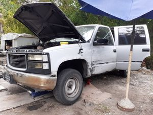 97 GMC Tahoe parting out for Sale in San Antonio, TX