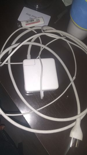 84w MacBook pro charger for Sale in Greenville, SC