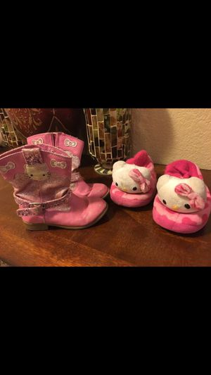 Hello kitty shoe lot size 8c for Sale in Las Vegas, NV