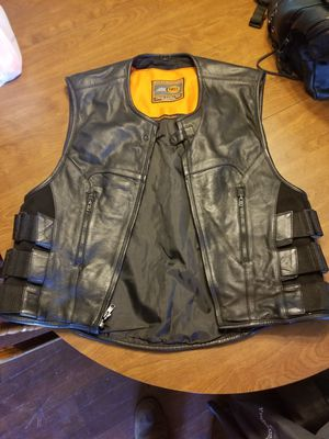 Leather motorcycle vest for Sale in Muscadine, AL