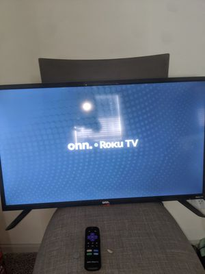 """""""32 inch smart roku onn. Tv & """"34 in emerson HDTV for Sale in Fort Worth, TX"""