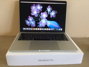 "2017 Apple MacBook Pro 13"" 2.3 GHz Core i5 Thunderbolt 3 for Sale in Downers Grove, IL"