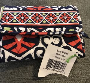 Vera Bradley Euro Wallet-New with Tag $10 for Sale in Port St. Lucie, FL