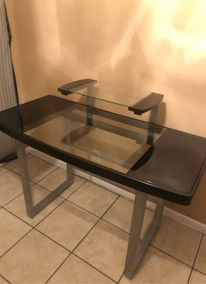 Z line computer TV desk for Sale in Corpus Christi, TX