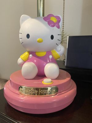 Hello kitty lamp for Sale in Clarence Center, NY