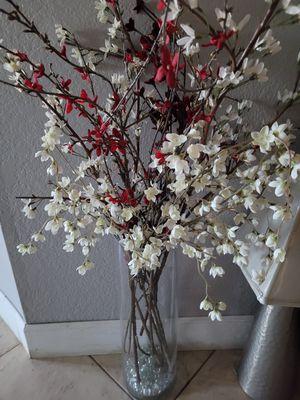Home decor glass vase w flowers for Sale in Glendale, AZ