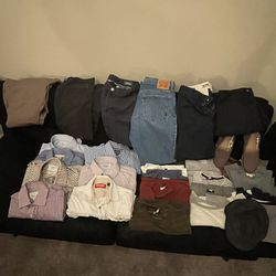 Men's Clothes Lot Small And Medium Sizes 28 Pieces for Sale in Enterprise,  NV