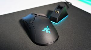 Razer Viper Ultimate Wireless 5ghz mouse for Sale in Lynnwood, WA