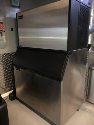 ICE-O-MATIC ICE MACHINE for Sale in Hurst, TX