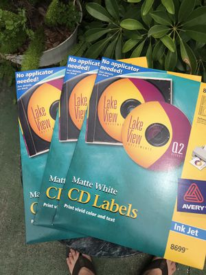 3 packs Avery cd labels, includes software. New & unused for Sale in Bradenton, FL
