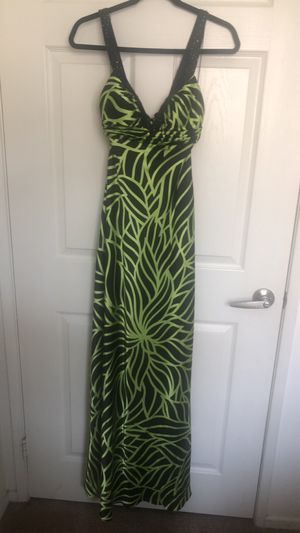 Floral Dress from Windsor, great for a summer wedding. for Sale in San Diego, CA