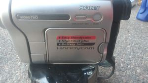 Hi 8 Ccd-trv138 sony handy cam for Sale in Pueblo, CO