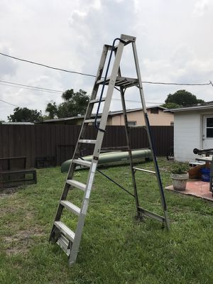10 foot painters ladder for Sale in Orlando, FL