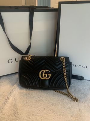 Gucci GG Marmont small matelasse shoulder bag for Sale in Maple Valley, WA